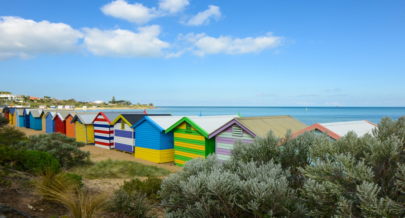 how to go to brighton beach melbourne by train