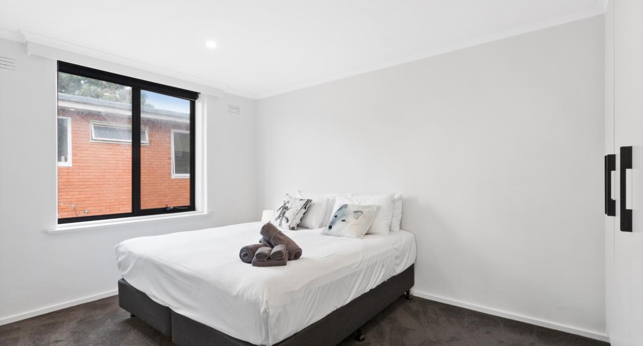 Aces Place Melbourne - Bedroom 1
