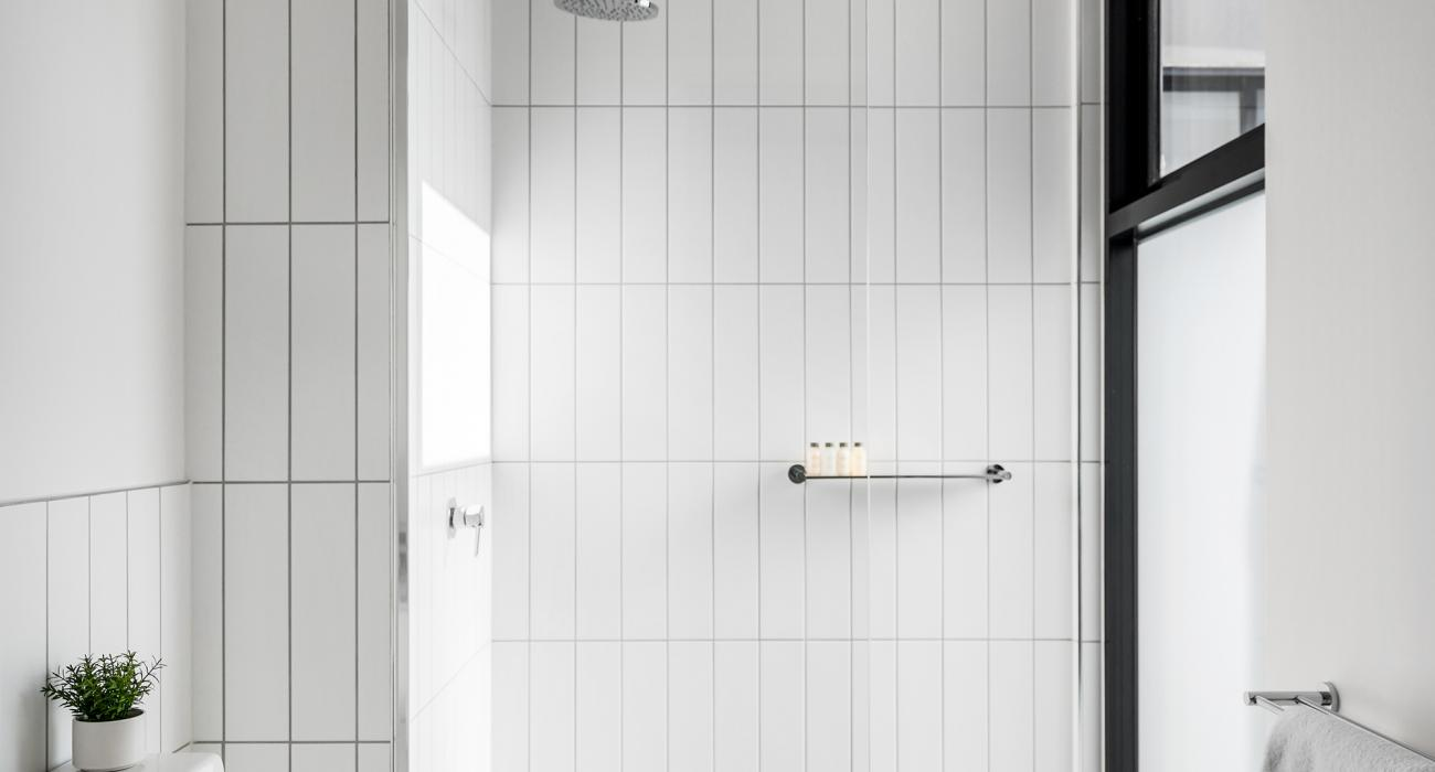 Axel Apartments 203 The Bonfield - Glen Iris - Bathroom ensuite