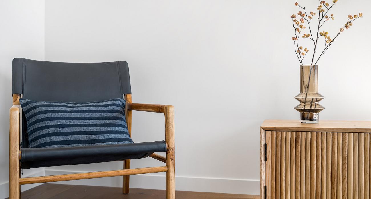Axel Apartments 203 The Bonfield - Glen Iris - Living room armchair