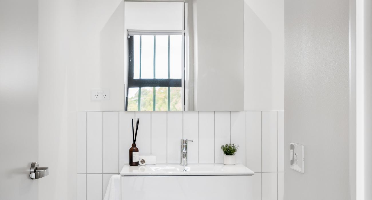 Axel Apartments - The Lawson - Glen Iris - Bathroom Ensuite.jpg