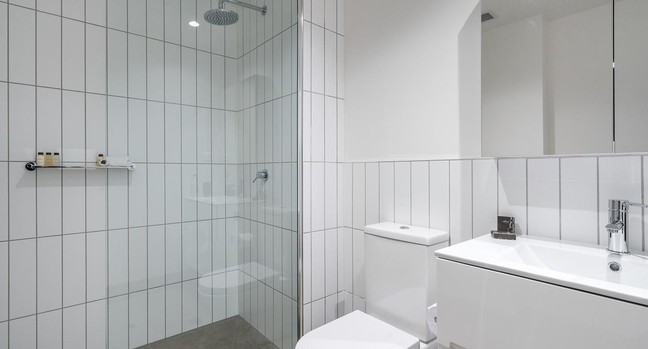 Axel Apartments - The Parkin - Glen Iris - Bathroom