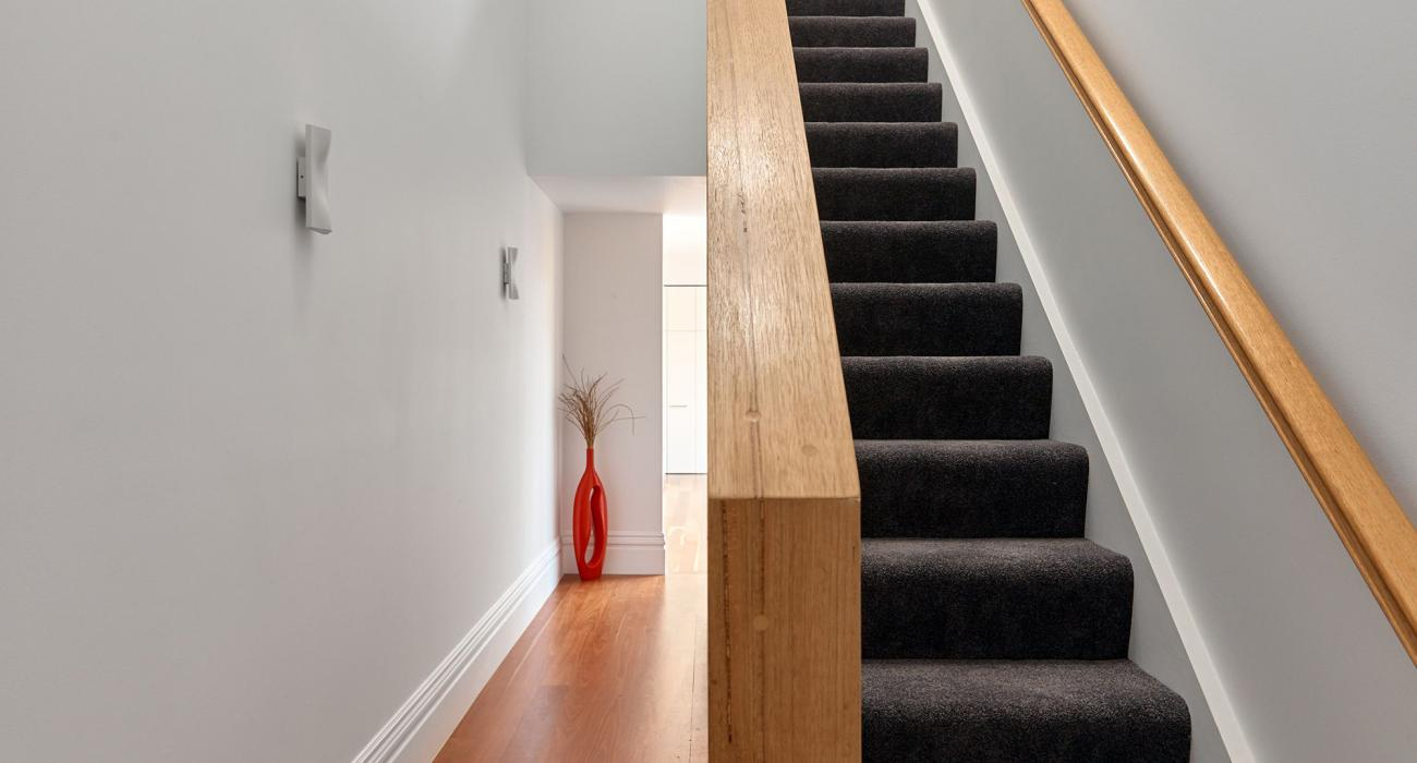 Bay Waves - Albert Park - Staircase