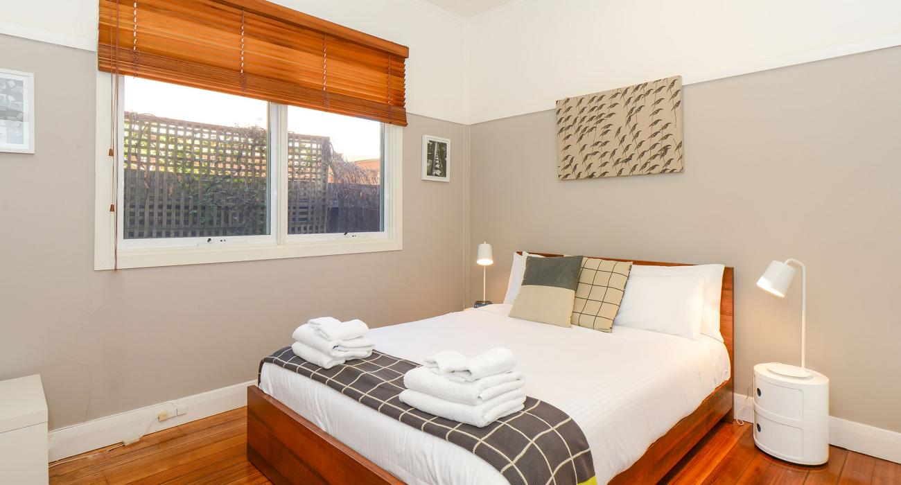 Clifton Park - Clifton Hill - Master Bedroom b