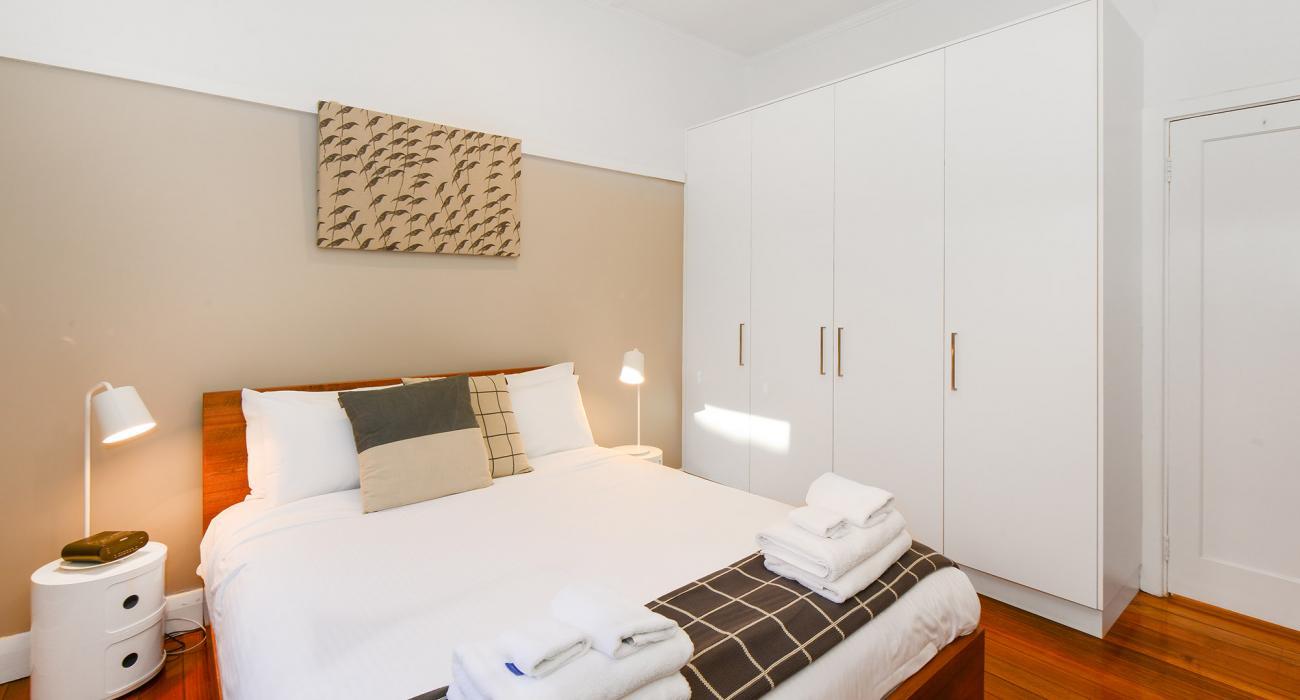 Clifton Park - Clifton Hill - Master Bedroom