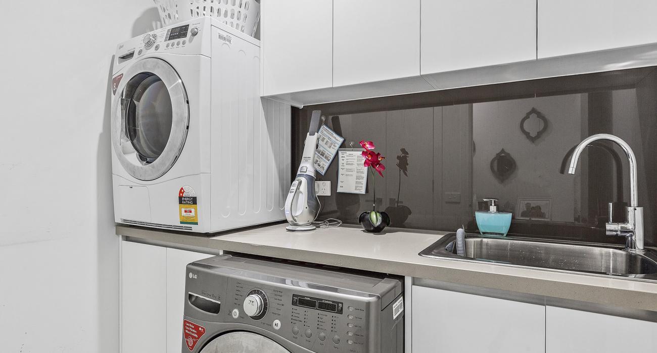 Edinburgh Place - Flemington - Laundry