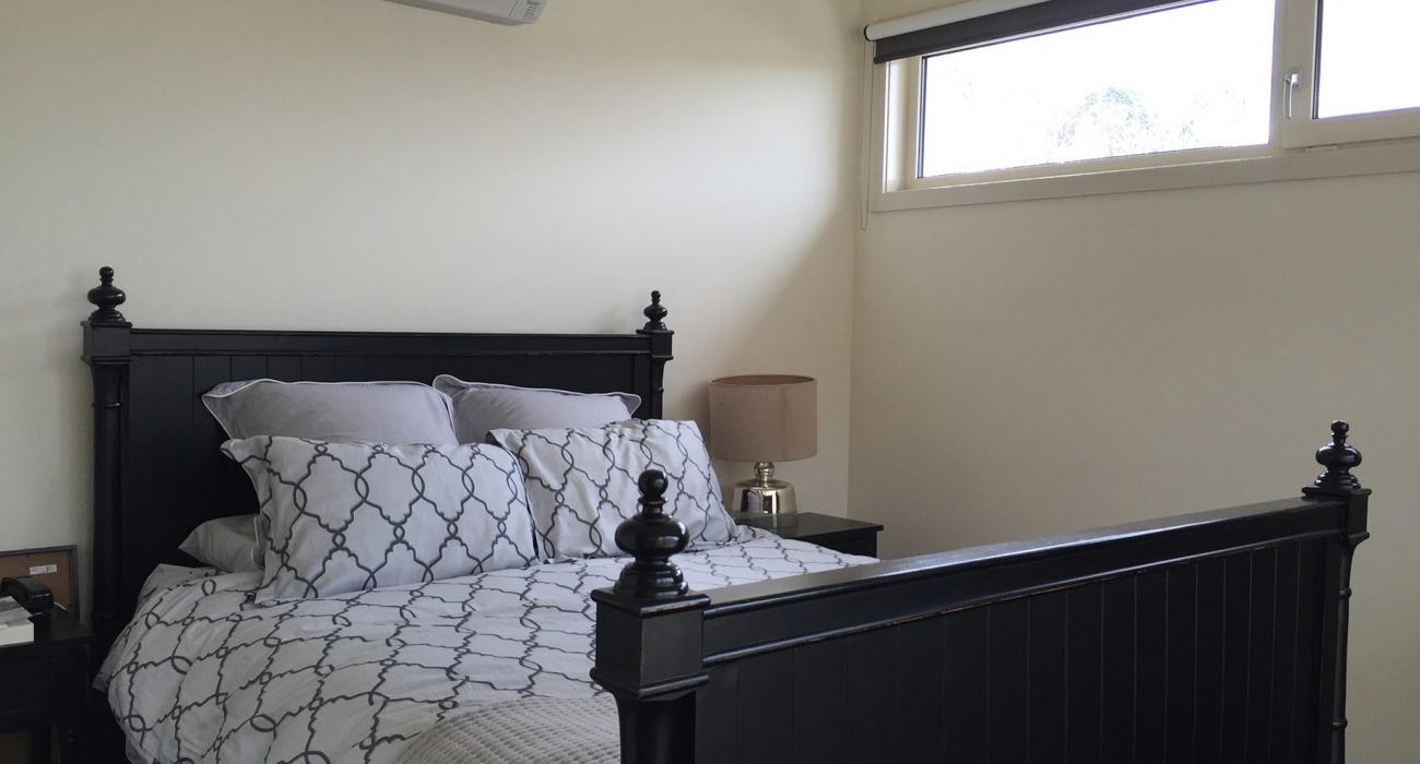 Elwood Hideaway - Elwood - Bedroom
