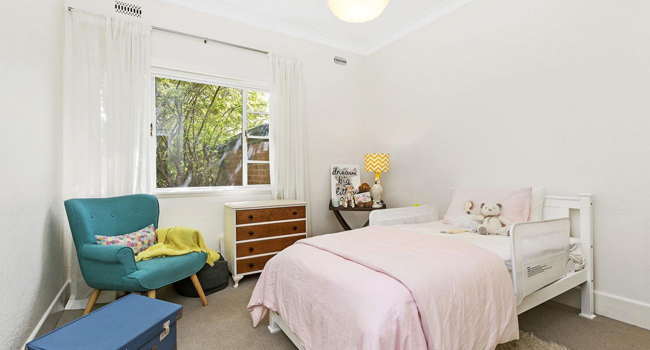 Frankies Place - Malvern - Bedroom
