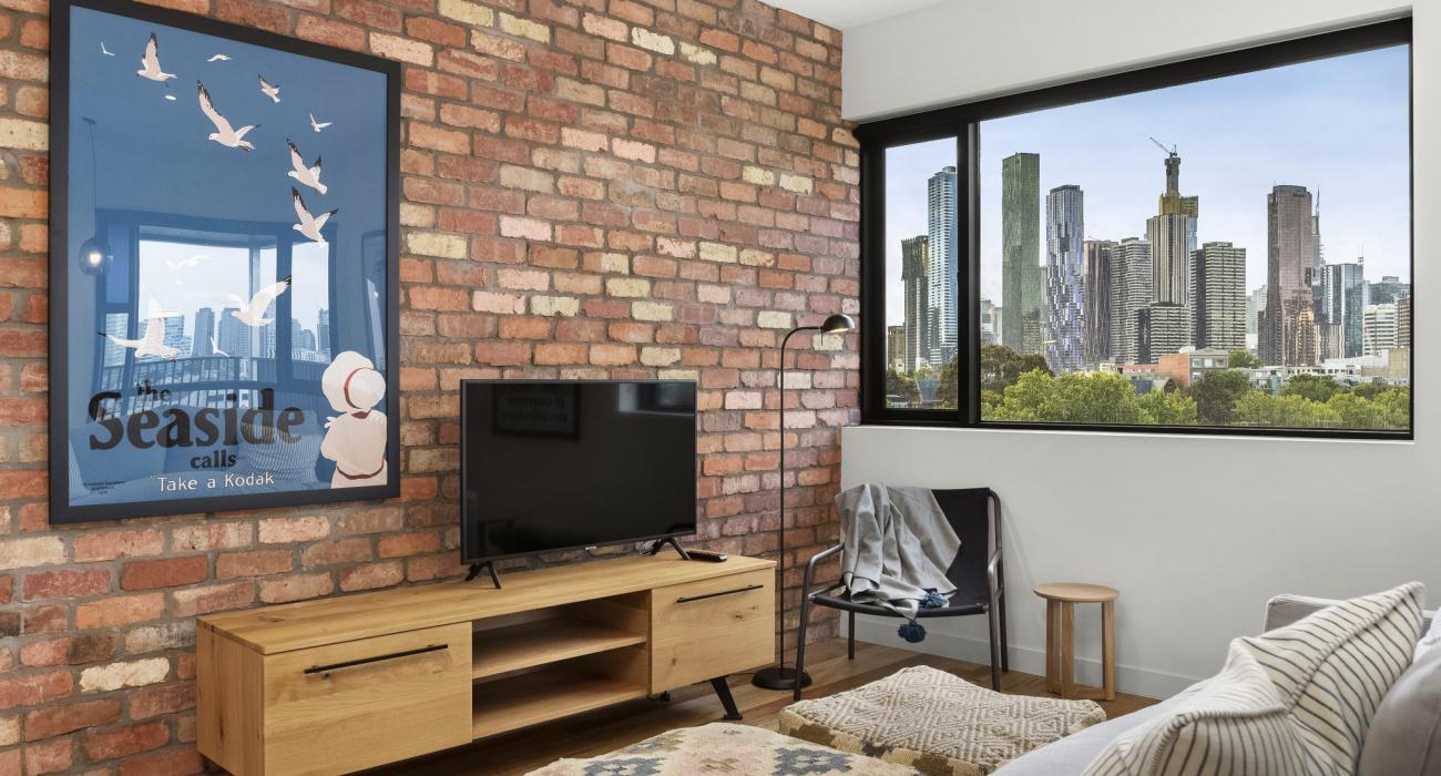 Highviews - Melbourne - Living Area