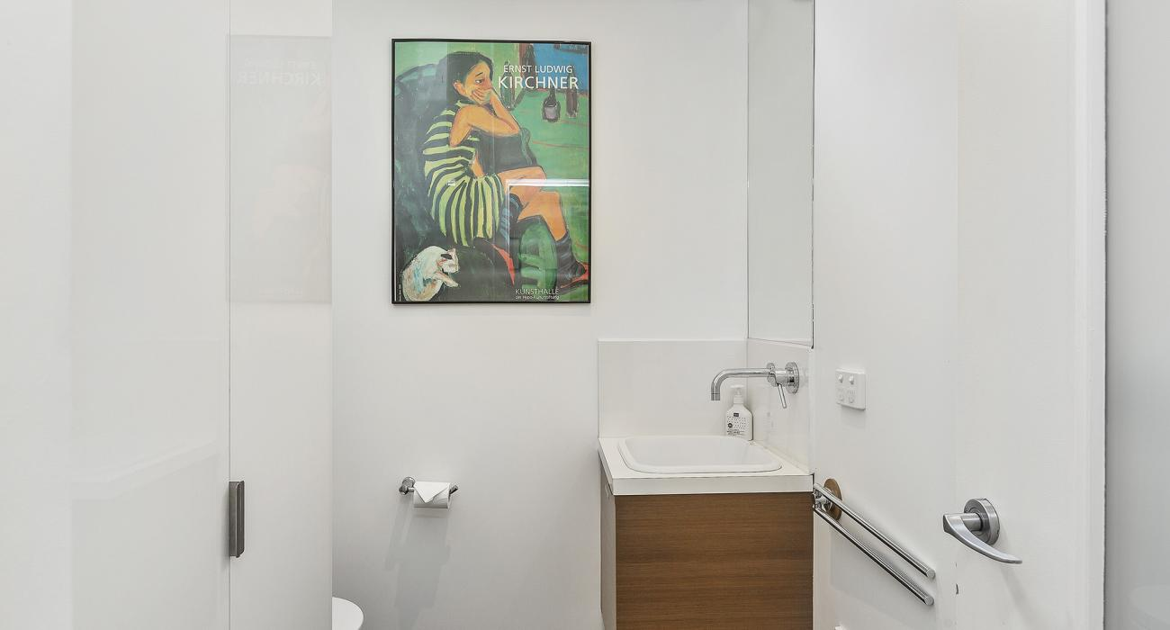 Mordi Beach House - Mordialloc - Second Bathroom
