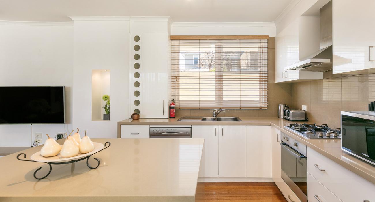 Sandy Breeze 3 - Sandringham - Kitchen