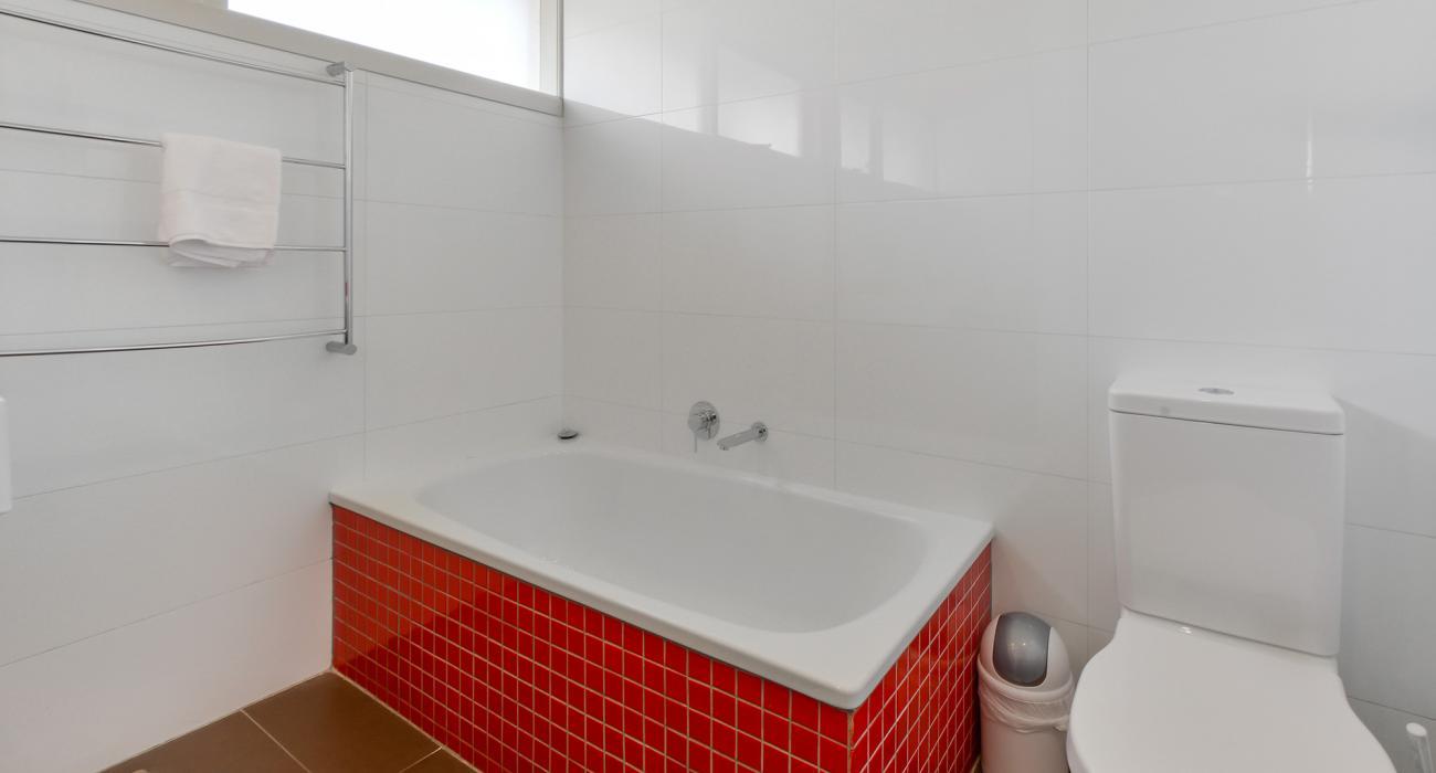 Sandy Haven C - Sandringham - Bathroom b
