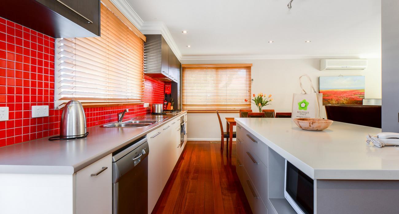 Sandy Haven C - Sandringham - Kitchen