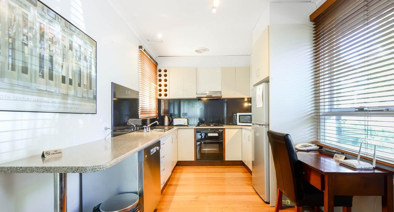 Sandy Side 1 - Sandringham - Kitchen Area