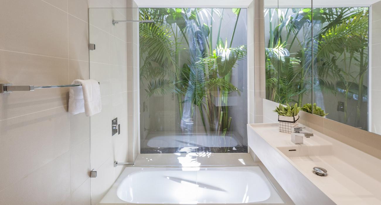 South Yarra Lane - South Yarra - Ensuite Bathroom c