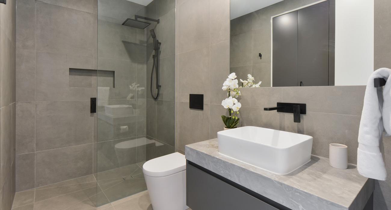Victoria Road - Hawthorn - Downstairs Central Bathroom