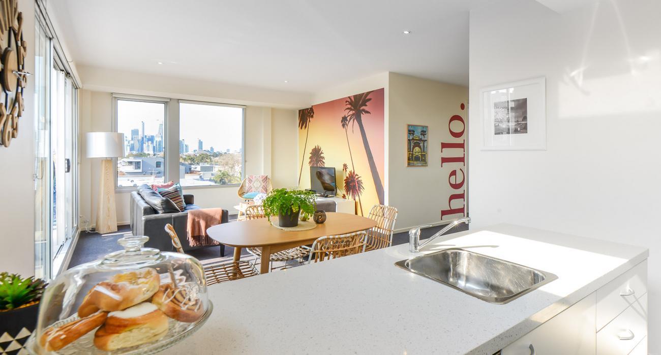 Zinc Views 501 - Port Melbourne - Kitchen, Dining and Living