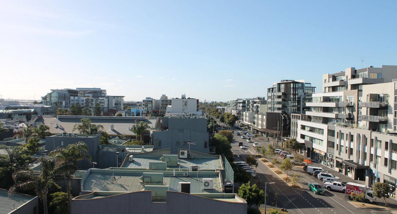 Zinc Views 501 - Port Melbourne - Outdoor Skyline