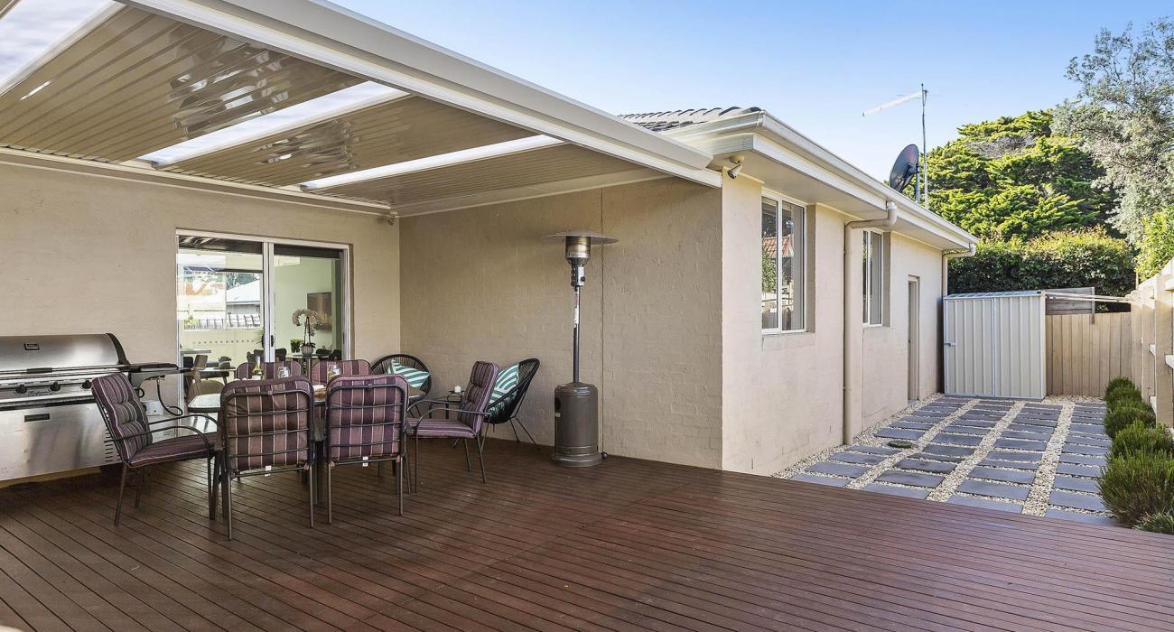 The Richardson - Mentone - Rear Deck and Courtyard b