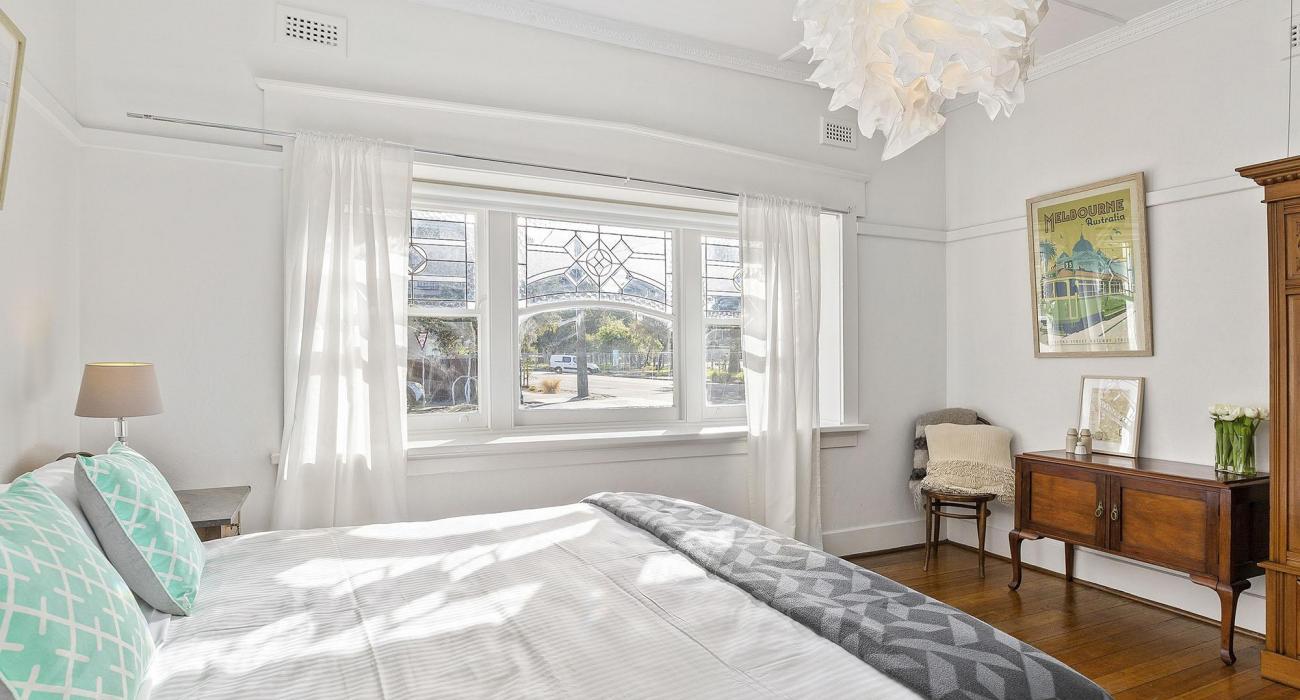 Elanora by The Bay - St Kilda - Bedroom 1