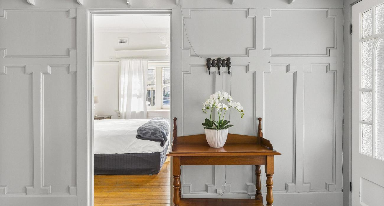 Elanora by The Bay - St Kilda - Entry and Bedroom 1