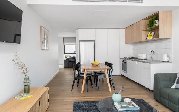 Axel Apartments The Faircroft - Glen Iris - Open plan living towards media room