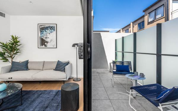 Axel Apartments - The Parkin - Glen Iris - Indoor Outdoor Living