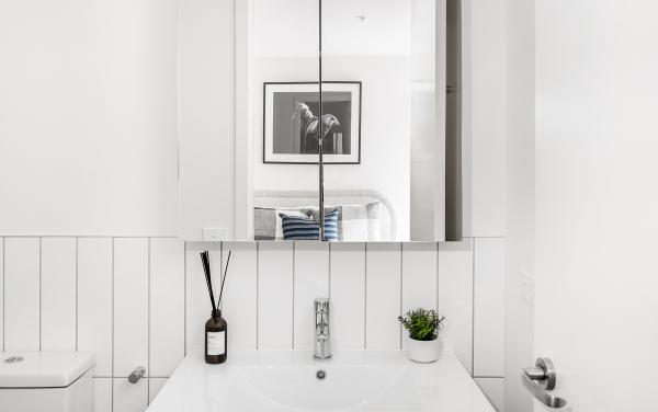 Axel Apartments 103 The Hadley - Glen Iris - Bathroom ensuite