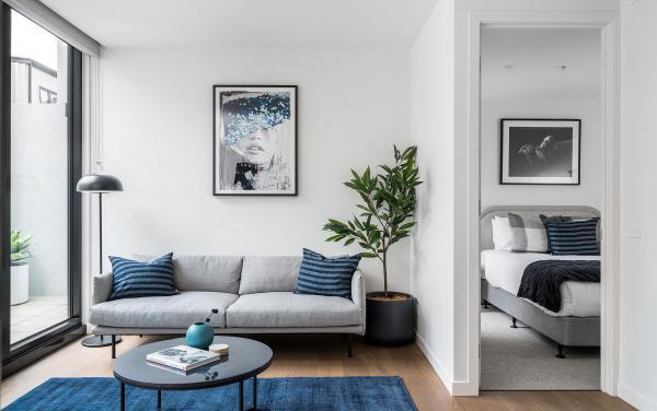 Axel Apartments 103 The Hadley - Glen Iris - Lounge and bedroom b