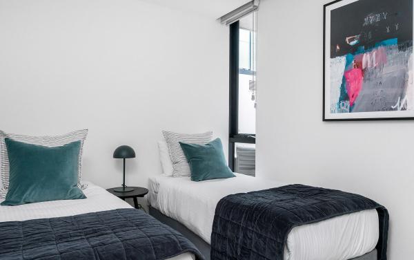 Axel Apartments The Faircroft - Glen Iris - Bedroom 2f