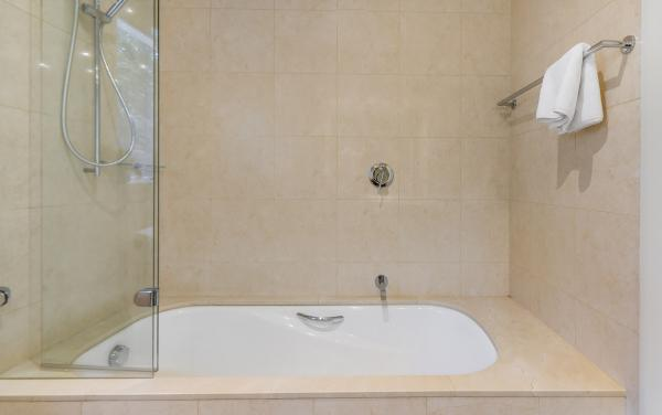Brighton Vale - Brighton - Bathroom b