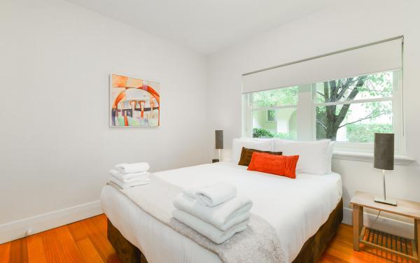 Brighton Vale - Brighton - Master Bedroom