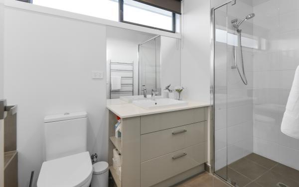 Caulfield Central - Caulfield - Bathroom 2