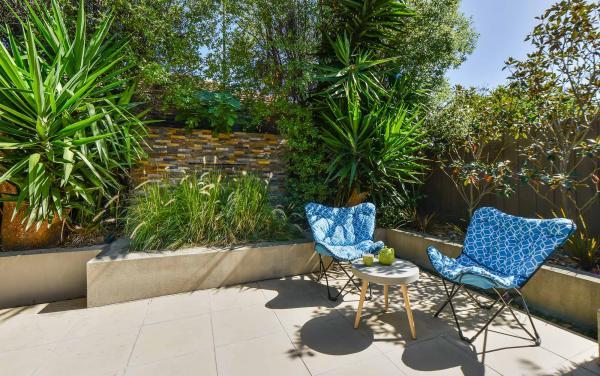 Clifton Park - Clifton Hill - Common Area Portable Chair b