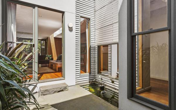 Curran Terrace - North Melbourne - Central Outdoor Space