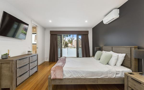Edinburgh Place - Flemington - Master Bedroom