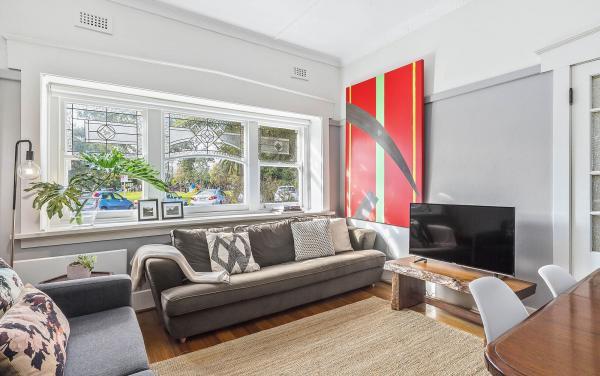 Elanora by The Bay - St Kilda - Living Room