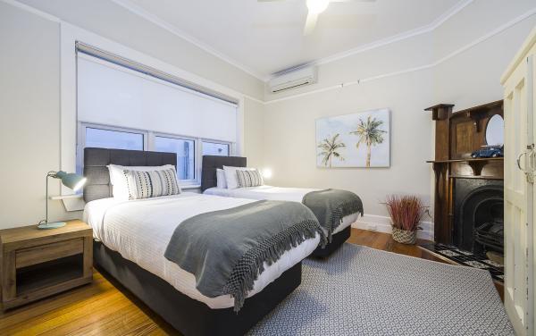 Elwood Beaches 3 - Elwood - Bedroom 2