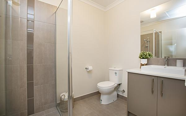 Gumflower - Werribee - Bathroom Ensuite