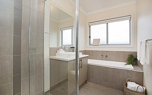 Gumflower - Werribee - Bathroom Shared