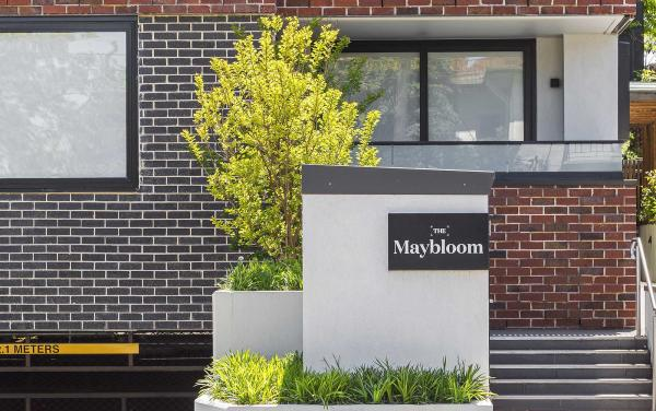 Maybloom - Hawthorn - Building Exterior and Entry