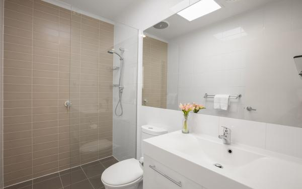 Melrose Terrace - North Melbourne - Bathroom
