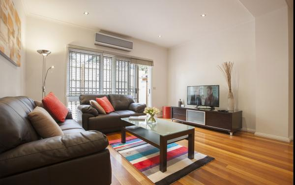 Melrose Terrace - North Melbourne - Living Area