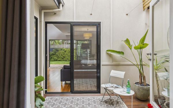 Mordi Beach House - Mordialloc - Internal Courtyard b