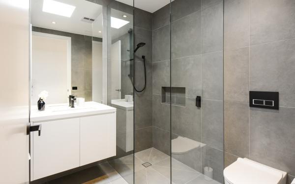 Murrumbeena Place 1 - Murrumbeena - Bathroom b