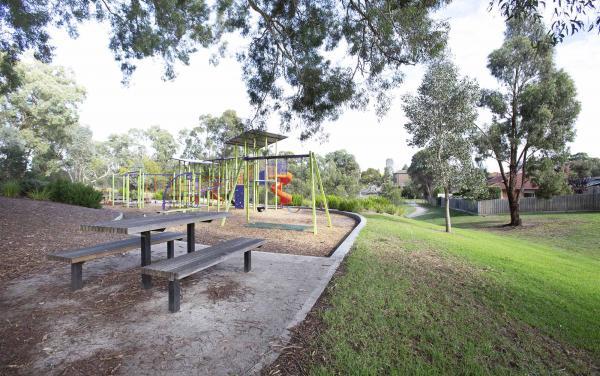 Parkside Place - Plenty Valley - Brolga Park b