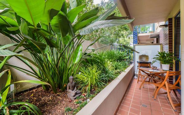 River Boulevard - Richmond - Outside Interior Design