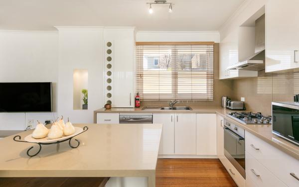 Sandy Breeze 3 - Sandringham - Kitchen