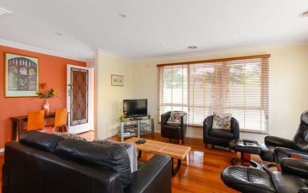 Sandy Haven A - Sandringham - Living Area b