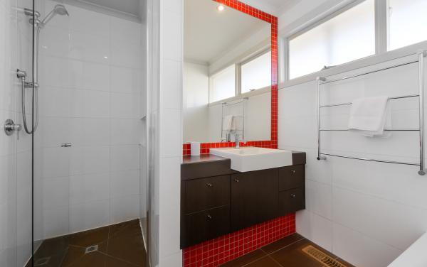 Sandy Haven C - Sandringham - Bathroom c